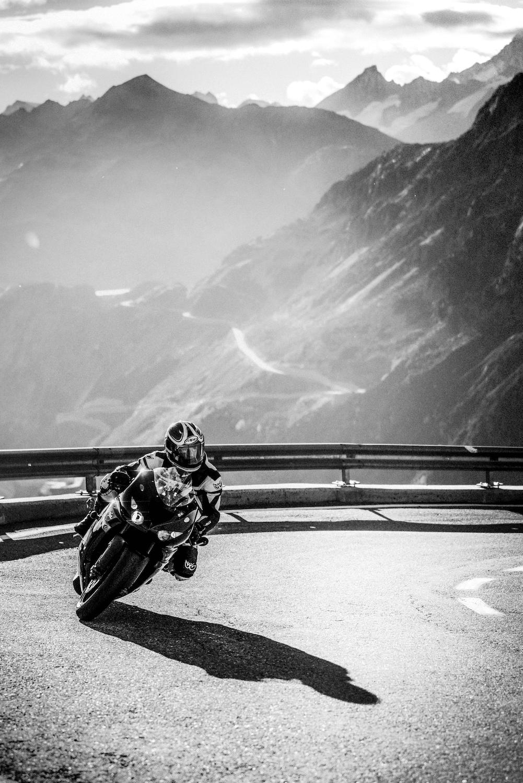 4one Foto-Shooting Fotografie Passstrasse Schweiz Furkapass Motorrad 1