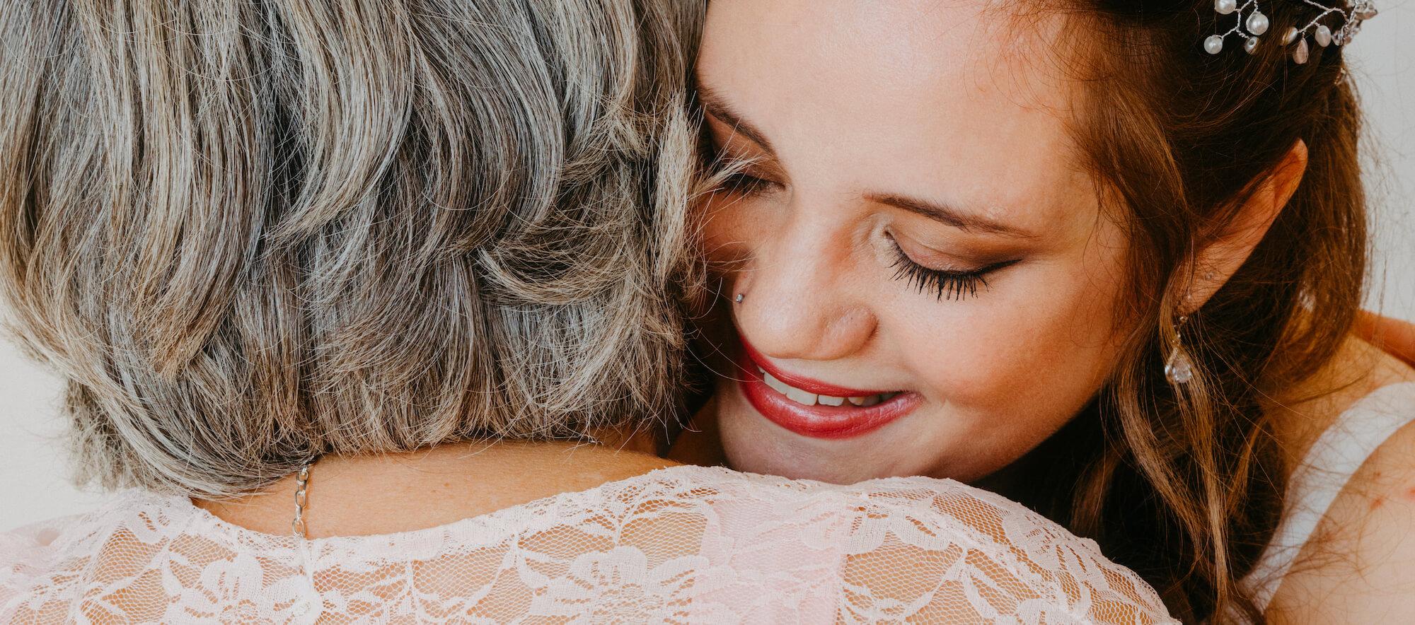 Hochzeitsfotografie Rheintal Mutter und Tochter